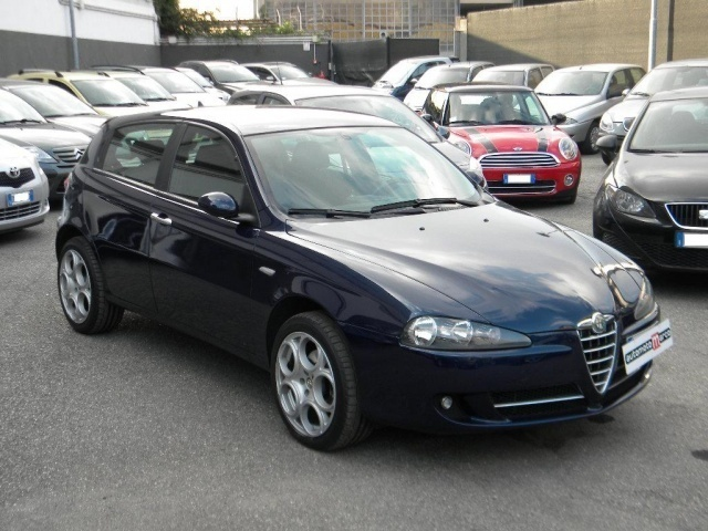 sold alfa romeo 147 jtdm 120cv 5 p used cars for sale autouncle. Black Bedroom Furniture Sets. Home Design Ideas
