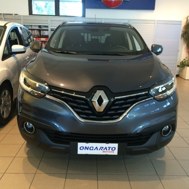 sold renault kadjar 1 2 tce 130cv used cars for sale autouncle. Black Bedroom Furniture Sets. Home Design Ideas