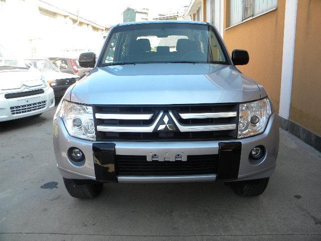 sold mitsubishi pajero 3 2 di d used cars for sale autouncle. Black Bedroom Furniture Sets. Home Design Ideas