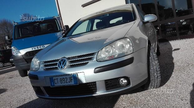 sold vw golf v serie 1 9 tdi used cars for sale autouncle. Black Bedroom Furniture Sets. Home Design Ideas