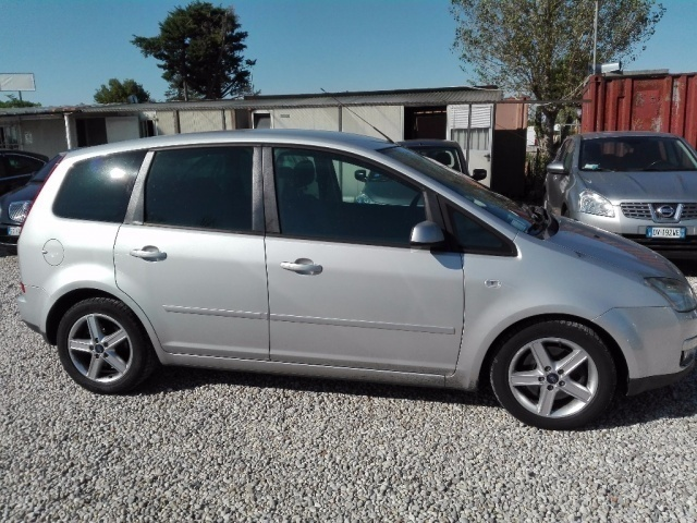 sold ford c max 1 8 tdci 115cv t used cars for sale autouncle. Black Bedroom Furniture Sets. Home Design Ideas