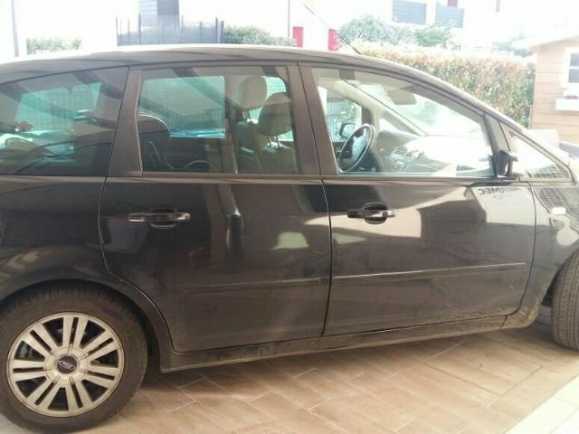 sold ford c max 1 6 tdci 90 cv ghia used cars for sale autouncle. Black Bedroom Furniture Sets. Home Design Ideas