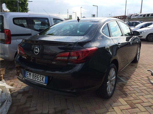 sold opel astra 1 7 cdti 130cv 4 p used cars for sale autouncle. Black Bedroom Furniture Sets. Home Design Ideas