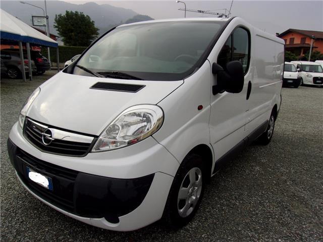 Schemi Elettrici Opel Vivaro : Usato cv pc tn opel vivaro km in