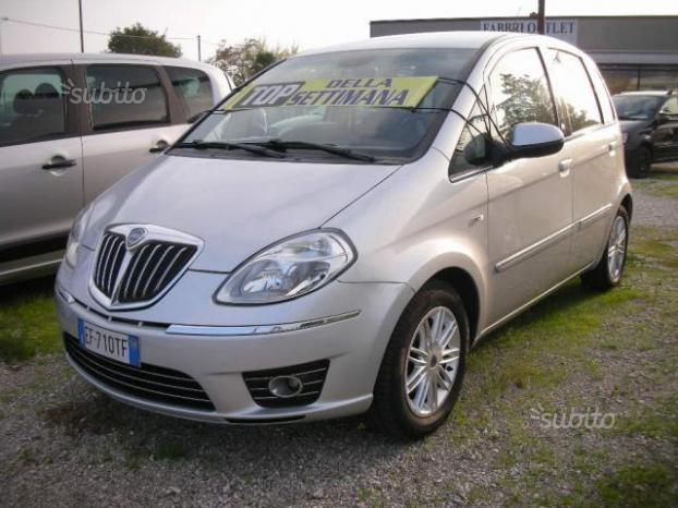Sold lancia musa 1 4 diva ecochic used cars for sale autouncle - Lancia y diva 2010 ...