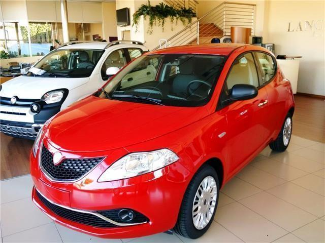 Sold lancia ypsilon 1 2 69 cv 5 po used cars for sale - Lancia y allestimento diva ...