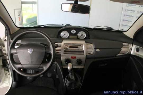 Sold lancia ypsilon 1 4 oro ecochi used cars for sale autouncle - Lancia y diva 2010 ...
