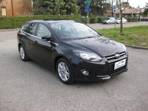 sold ford focus 1 6 tdci 115cv sw used cars for sale autouncle. Black Bedroom Furniture Sets. Home Design Ideas