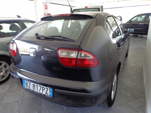 usato 1 9 tdi 110 cv cat seat leon 2002 km in modena mo. Black Bedroom Furniture Sets. Home Design Ideas