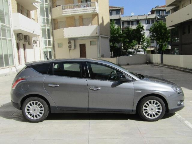 sold lancia delta 2008 2015 used cars for sale autouncle. Black Bedroom Furniture Sets. Home Design Ideas