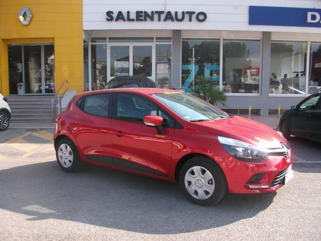 sold renault clio 0 9 tce life ene used cars for sale autouncle. Black Bedroom Furniture Sets. Home Design Ideas