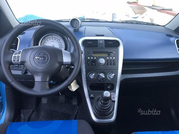 sold opel agila 1 2 gpl 2009 used cars for sale autouncle. Black Bedroom Furniture Sets. Home Design Ideas
