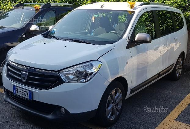 Sold dacia lodgy 2016 laureate 7 used cars for sale for Dacia duster 7 posti
