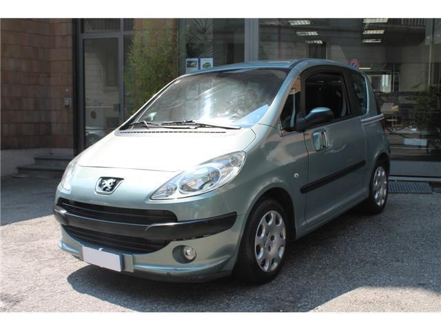 sold peugeot 1007 1 4 hdi sporty g used cars for sale autouncle. Black Bedroom Furniture Sets. Home Design Ideas