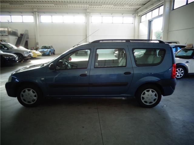 Venduto dacia logan mcv 1 6 7 posti a auto usate in vendita for Dacia duster 7 posti