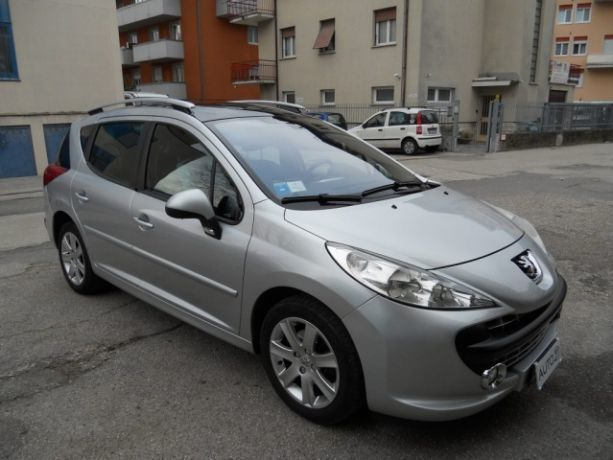 sold peugeot 207 1 6 hdi 90cv sw c used cars for sale autouncle. Black Bedroom Furniture Sets. Home Design Ideas