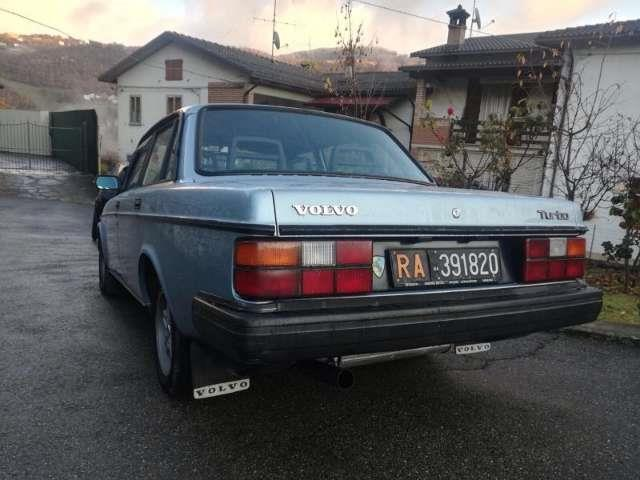 sold volvo 240 turbo used cars for sale autouncle. Black Bedroom Furniture Sets. Home Design Ideas