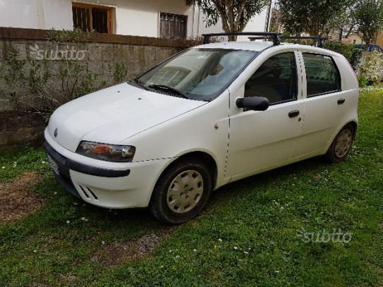 sold fiat punto 1 2 2002 used cars for sale autouncle. Black Bedroom Furniture Sets. Home Design Ideas