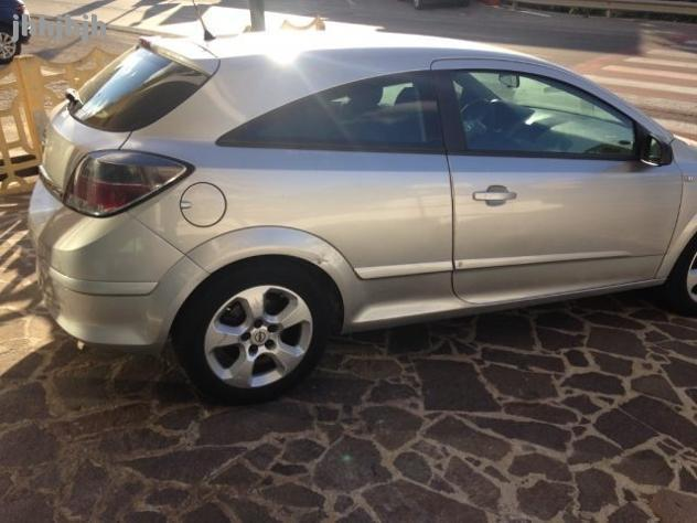 usato 1 3 cdti 3 porte enjoy rif 8823239 opel astra gtc 2005 km in reggio di calabria. Black Bedroom Furniture Sets. Home Design Ideas