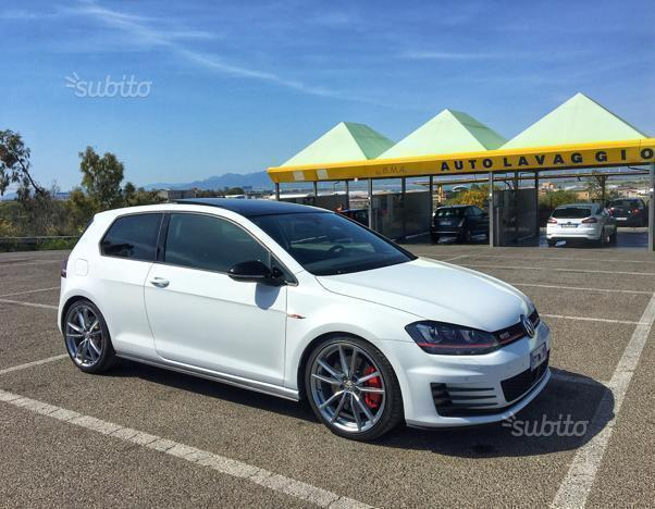sold vw golf vii gti performance 2 used cars for sale. Black Bedroom Furniture Sets. Home Design Ideas