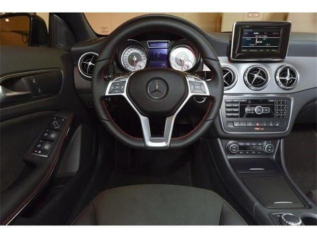 sold mercedes gla200 cdi amg premi used cars for sale. Black Bedroom Furniture Sets. Home Design Ideas