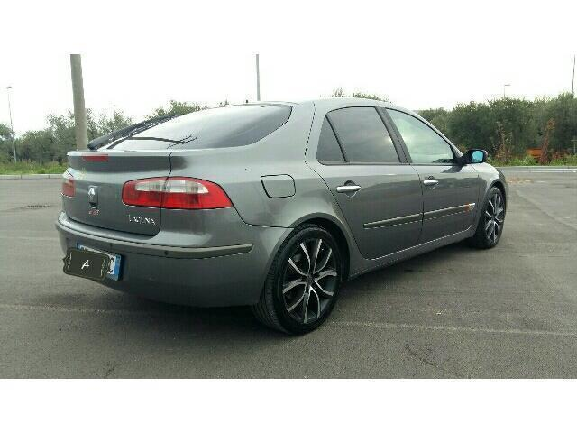 sold renault laguna 1 9 dci 120cv used cars for sale autouncle. Black Bedroom Furniture Sets. Home Design Ideas