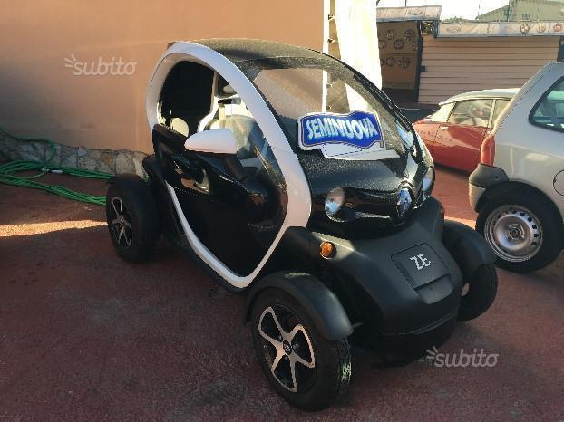 sold renault twizy 80 elettrica 2 used cars for sale autouncle. Black Bedroom Furniture Sets. Home Design Ideas