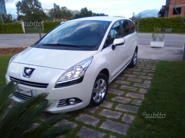 sold peugeot 5008 5008 2 0 hdi 150 used cars for sale autouncle. Black Bedroom Furniture Sets. Home Design Ideas