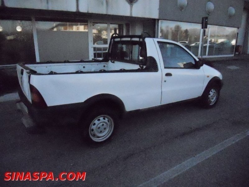 sold fiat strada 1 2 pick up used cars for sale autouncle. Black Bedroom Furniture Sets. Home Design Ideas