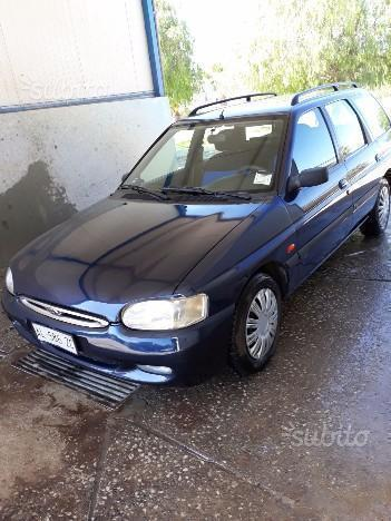 Sold Ford Escort 1 8 Diesel 5 Port Used Cars For Sale