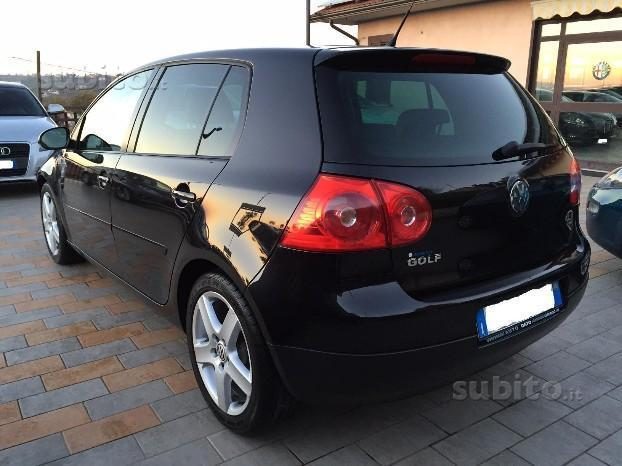 sold vw golf v 1 9 tdi 105 cv 5 p used cars for sale autouncle. Black Bedroom Furniture Sets. Home Design Ideas