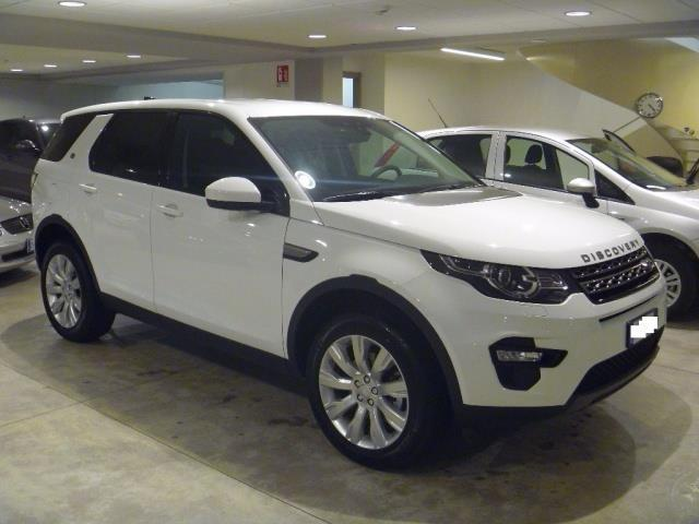 usato 2 0 td4 150 cv auto business edition pure land rover discovery sport 2017 km in. Black Bedroom Furniture Sets. Home Design Ideas
