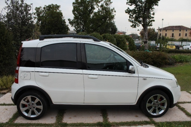 sold fiat panda 100hp abarth used cars for sale autouncle. Black Bedroom Furniture Sets. Home Design Ideas