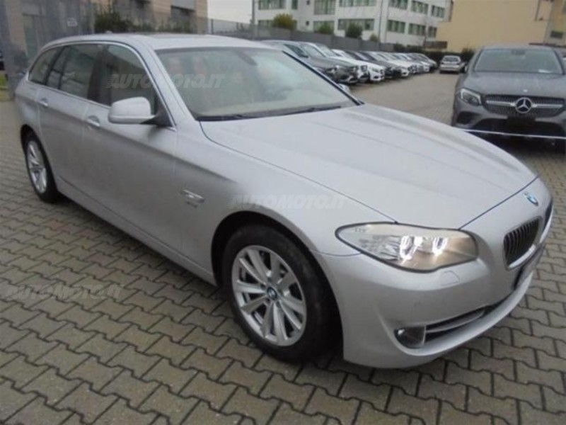 sold bmw 525 d xdrive touring futu used cars for sale. Black Bedroom Furniture Sets. Home Design Ideas