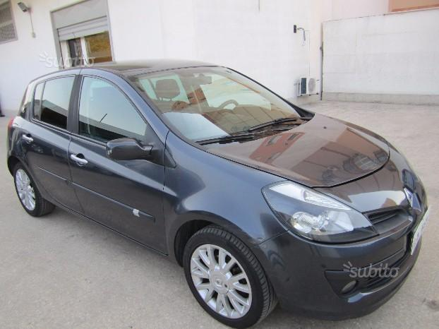 sold renault clio 1 5 tdi 8v used cars for sale autouncle. Black Bedroom Furniture Sets. Home Design Ideas