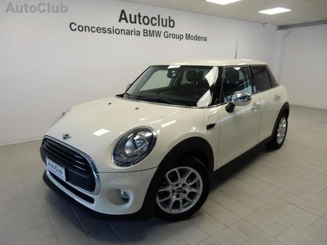 sold mini one d 1 5boost 5 porte d used cars for sale autouncle. Black Bedroom Furniture Sets. Home Design Ideas