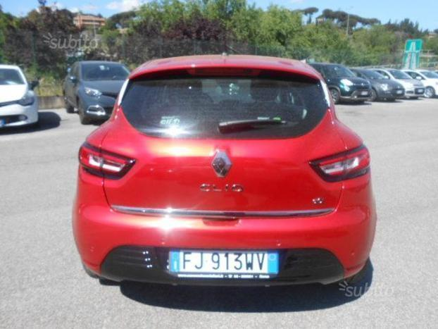 sold renault clio clio 1 5 dci int used cars for sale. Black Bedroom Furniture Sets. Home Design Ideas