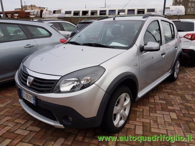 sold dacia sandero 1 4 8v gpl step used cars for sale autouncle. Black Bedroom Furniture Sets. Home Design Ideas