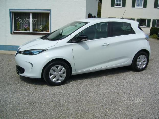 sold renault zoe life used cars for sale autouncle. Black Bedroom Furniture Sets. Home Design Ideas