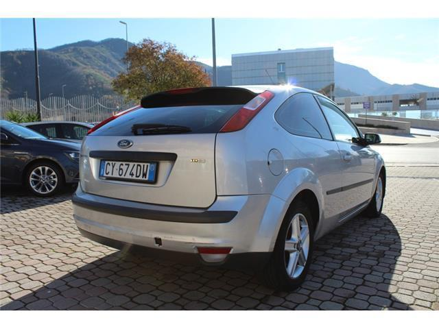 usato 1 8 tdci coupe 39 titanium 3 porte 115 cv ford focus 2006 km in baronissi sale. Black Bedroom Furniture Sets. Home Design Ideas