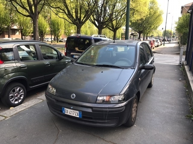 sold fiat punto 1 2 60cv 5 porte e used cars for sale autouncle. Black Bedroom Furniture Sets. Home Design Ideas
