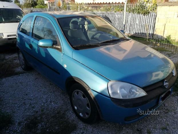 sold opel corsa 1 7 diesel 2002 3p used cars for sale autouncle. Black Bedroom Furniture Sets. Home Design Ideas