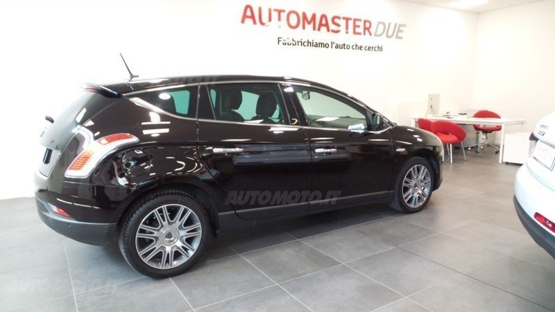 sold lancia delta usata del 2013 a. - used cars for sale - autouncle