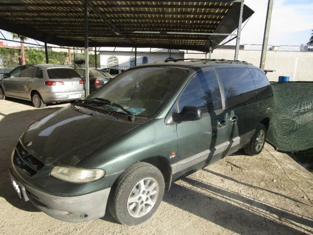 Sold chrysler voyager 2 5 turbodie used cars for sale for Bianco arredamenti somma vesuviana