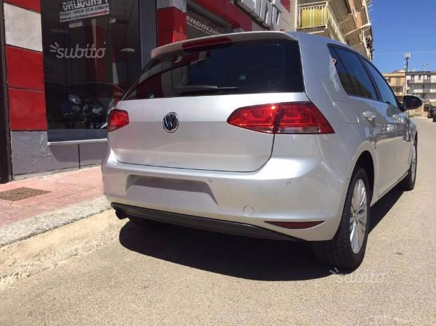 sold vw golf vii cup edition 1 6 t used cars for sale. Black Bedroom Furniture Sets. Home Design Ideas