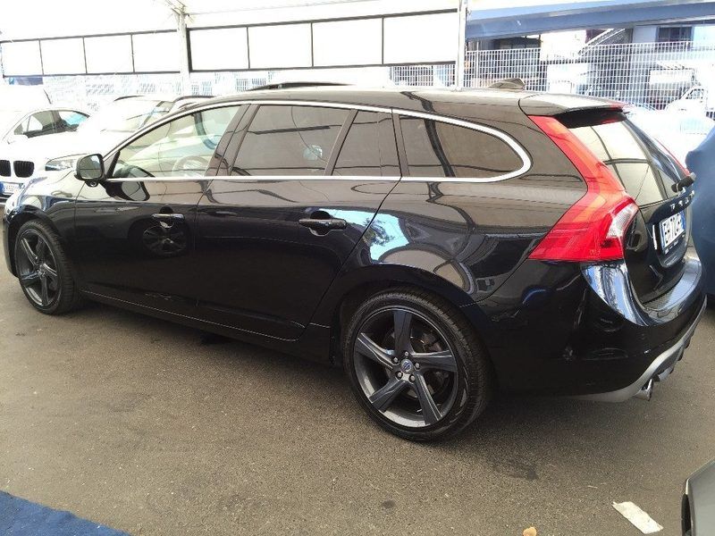 sold volvo v60 t6 awd geartronic r used cars for sale autouncle. Black Bedroom Furniture Sets. Home Design Ideas