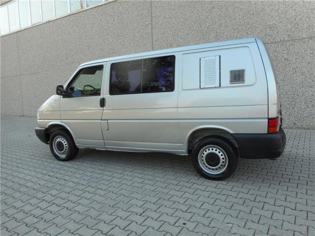 Venduto Vw T4 2 5 Tdi 5 Posti Autocar Auto Usate In Vendita