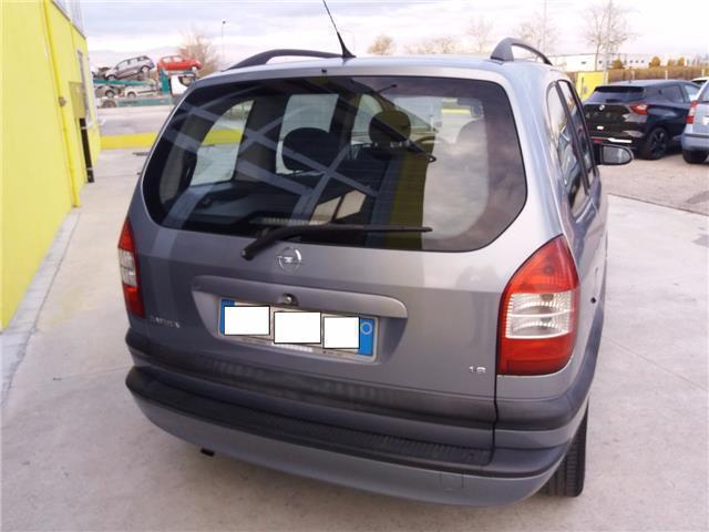 sold opel zafira 1 8 16v cat elega used cars for sale autouncle. Black Bedroom Furniture Sets. Home Design Ideas