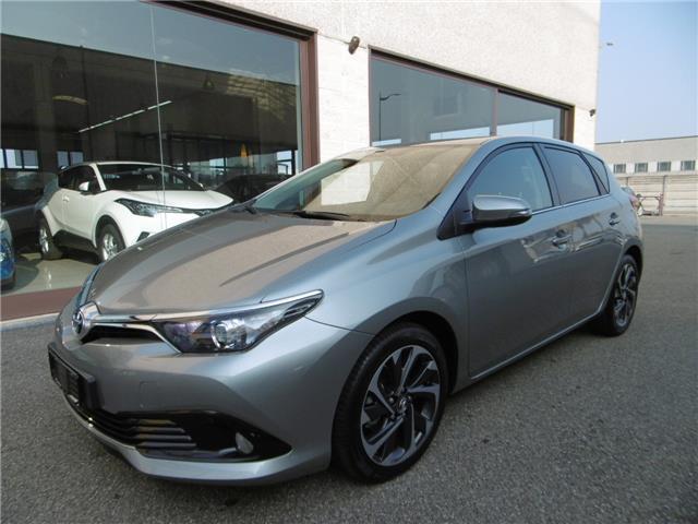 sold toyota auris 1.6 d-4d active . - used cars for sale - autouncle