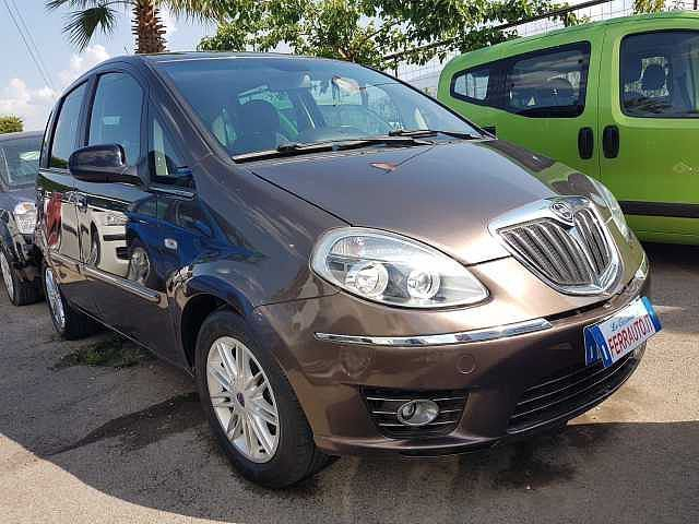 Usato 2012 lancia musa 1 4 lpg hybrid 84010 san valentino to autouncle - Lancia musa diva ...